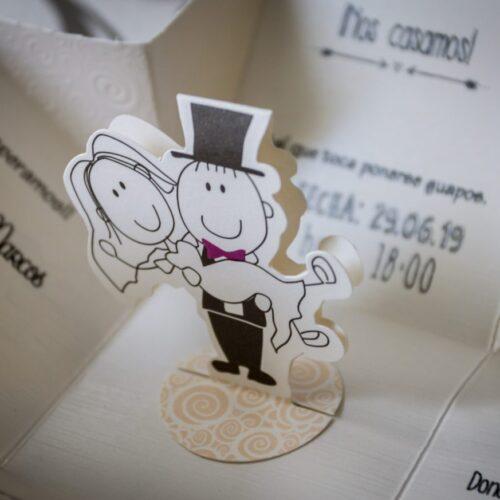 entregar las invitaciones de boda